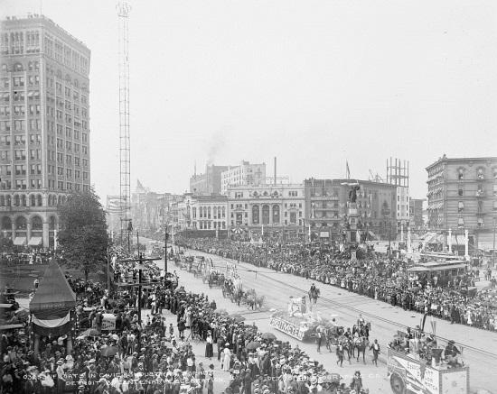 detroit-bicentennial-550